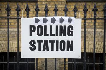 Polling Station Sign 637481246388704571